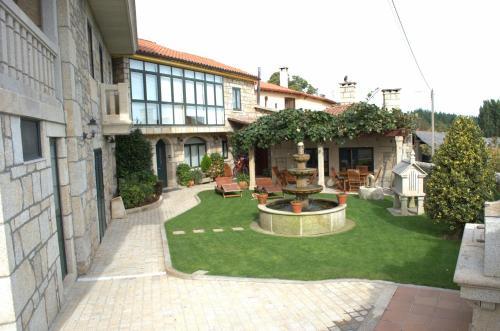 Hotel Pictures: Apartamentos Rio Sil, Bolmente