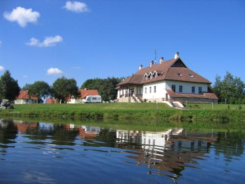 Hotel Pictures: Hotel Laagna Spa & Resort, Laagna