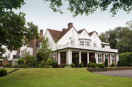 Hotel Pictures: Chartridge Lodge, Chesham