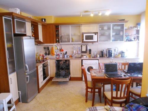 Foto Hotel: Pomorie Apartment, Pomorie