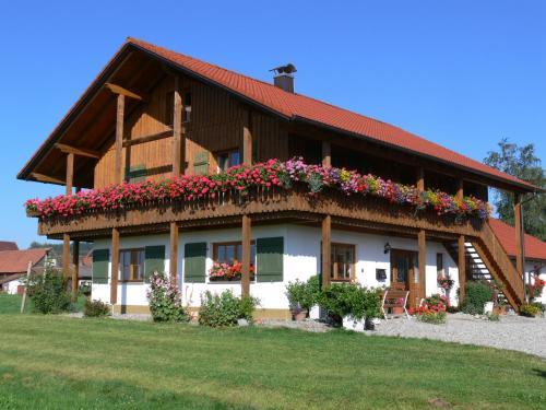 Hotel Pictures: Ferienhof Rösch, Bad Wurzach