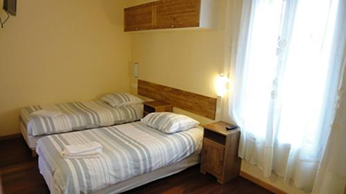 Hotel Pictures: Résidence Molière, Montrouge