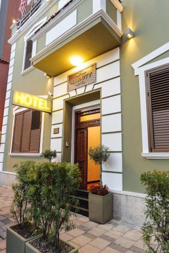 Zdjęcia hotelu: Hotel Serenity, Tirana