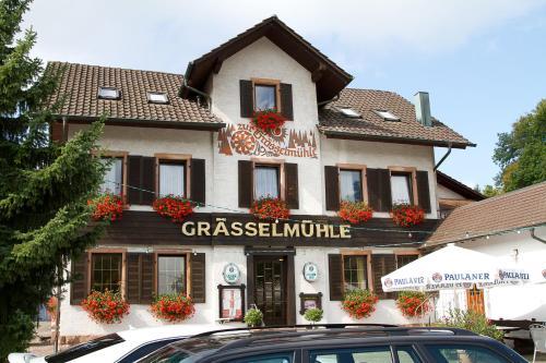 Hotel Pictures: Gasthaus zur Grässelmühle, Sasbach in der Ortenau
