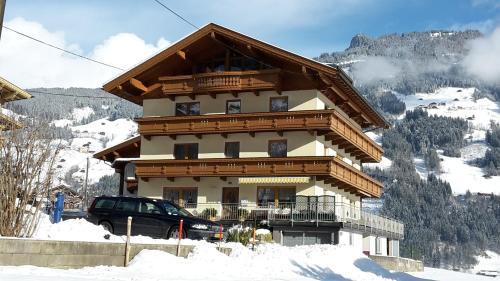 Zdjęcia hotelu: Landhaus Tipotsch, Schwendau