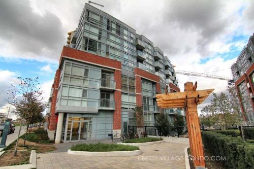 Pinnacle Suites - Chic Downtown Loft