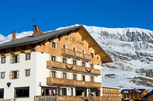 Hotel Pictures: Madame Vacances Hôtel Le Christina, LAlpe-dHuez