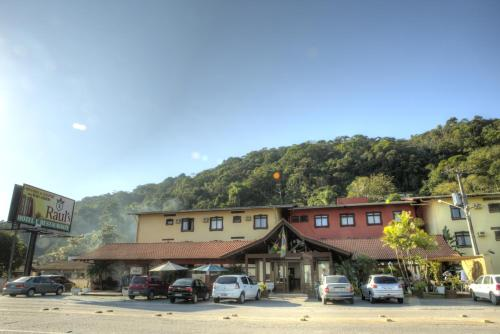Hotel Pictures: Hotel Raul's, Gaspar