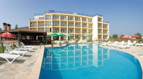 Hotel Pictures: Park Hotel Argo - All Inclusive, Obzor