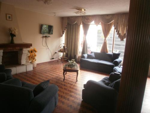 Hotel Pictures: Le Mayu Yellow, Hacienda Mera
