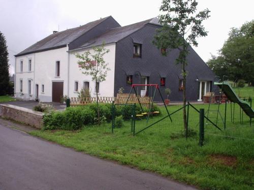 "Hotellbilder: Gîtes ""Les Framboisiers"", Neufchâteau"