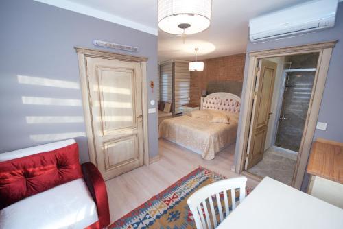 Galatolia Suites