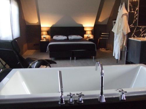 Фотографии отеля: Logies 355, Хасселт