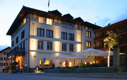 Hotel Pictures: Hotel Weisses Kreuz, Bergün