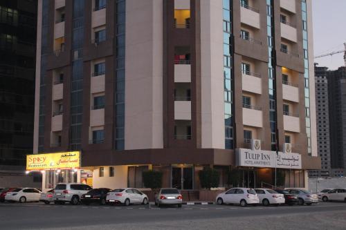 Hotel Pictures: , Ajman