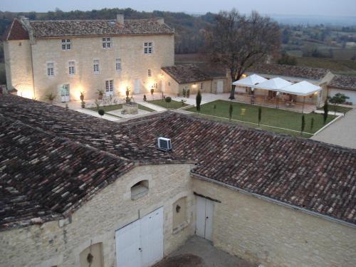 Hotel Pictures: Chateau Isabeau de Naujan, Saint-Vincent-de-Pertignas