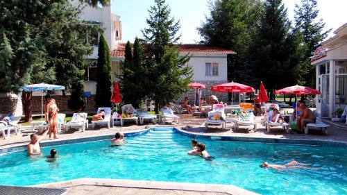 Hotellikuvia: Hotel Markita, Velingrad