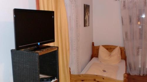 Hotel Pictures: Landgasthof zum Brückenwirt, Starnberg