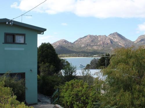 Hotellbilder: Coles Bay Waterfronter 2, Coles Bay