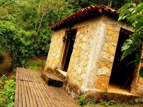 Hotel Pictures: Casa de Pedra, Parati-Mirim
