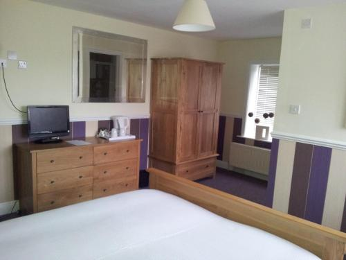 Hotel Pictures: The Kings Arms, Lymington