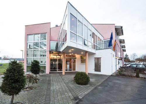 Hotel Pictures: Hotel an der Waldstraße, Groß-Zimmern