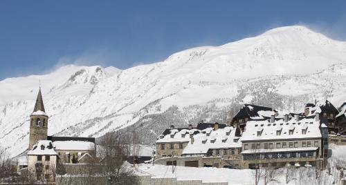 Hotel Pictures: Hostal Apartamento Seixes, Bagergue