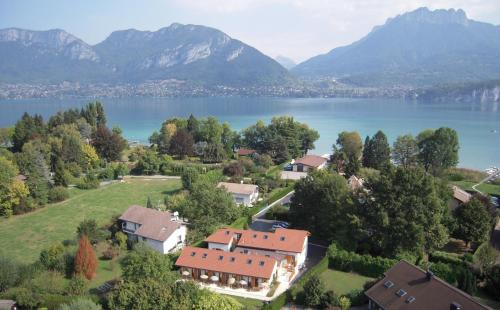 Hotel Pictures: L'Aurore du Lac, Sévrier