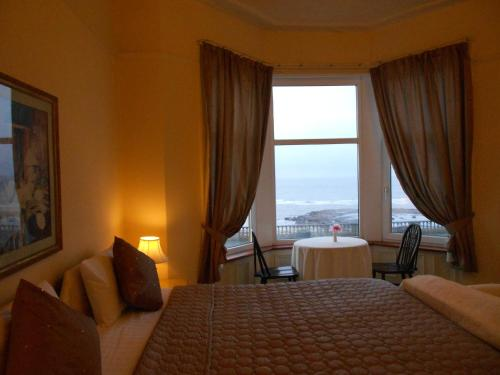 Hotel Pictures: Marlborough Guest Accommodation, Whitley Bay
