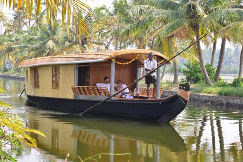 Breeze Backwater Homes