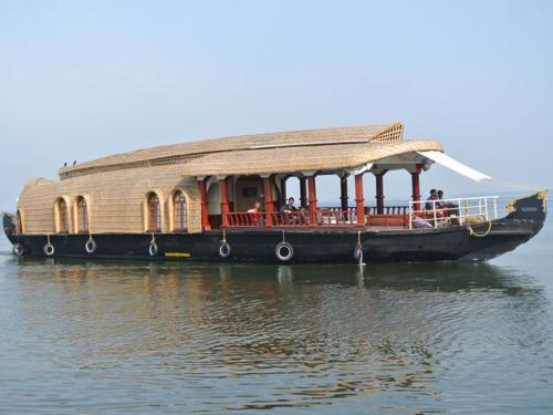 Eco Trails Houseboats