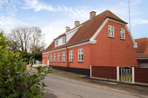 Hotel Pictures: , Kirke Såby