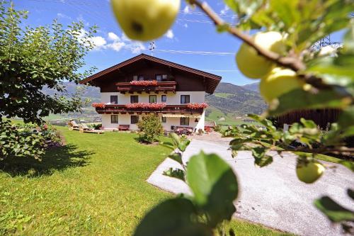 Foto Hotel: Kolbbauernhof, Niedernsill