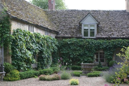Hotel Pictures: , Chedworth