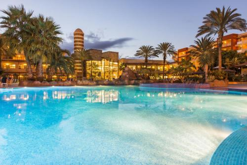 Hotel Pictures: Elba Carlota Beach & Convention Resort, Caleta De Fuste