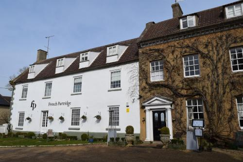 Hotel Pictures: The French Partridge, Northampton