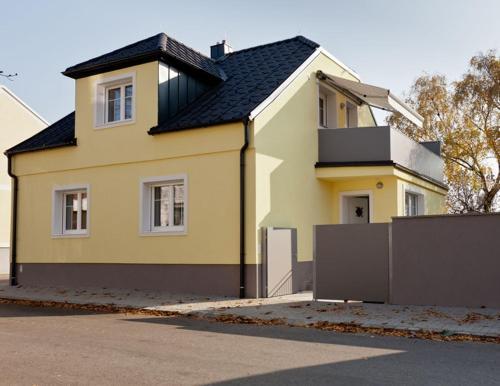 Фотографии отеля: Ferienhaus Burgenland, Мёнххоф