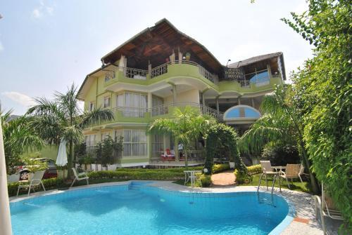 Hotel Pictures: Dolce Vita Resort Hotel, Bujumbura