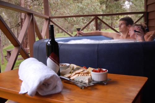 Fotos do Hotel: Beyonderup Falls Adult Retreat, Nannup