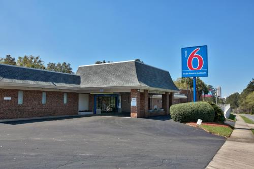 Motel 6 Tallahassee - Downtown