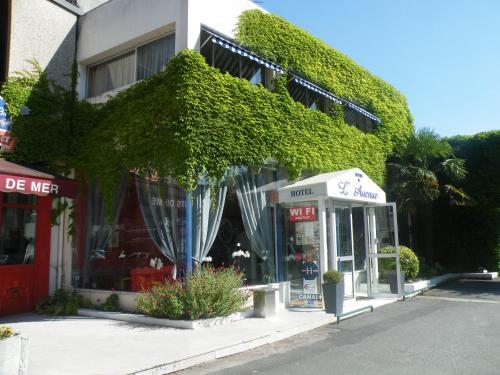 Hotel Pictures: , Saintes
