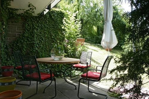 Hotel Pictures: Apartment Schlossberg, Tübingen