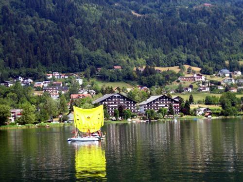 Zdjęcia hotelu: Appartement Hänsel und Gretel am Ossiachersee, Steindorf am Ossiacher See