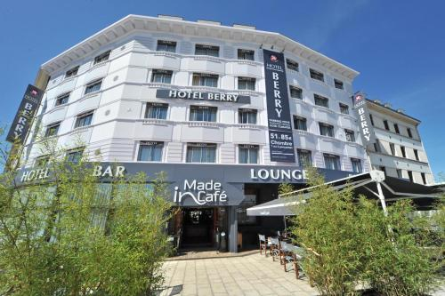 Hotel Pictures: , Bourges