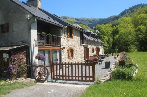 Hotel Pictures: Chambres d'Hôtes La Boucle de L'Adour, Sainte-Marie-de-Campan