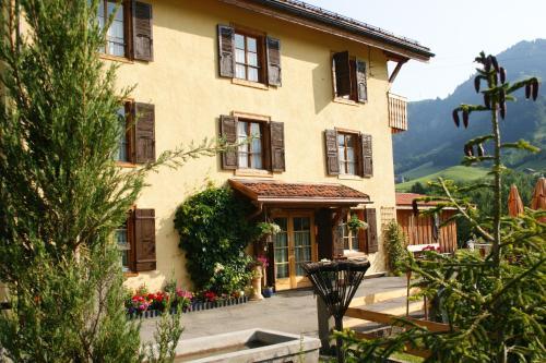 Hotel Pictures: , La Tine
