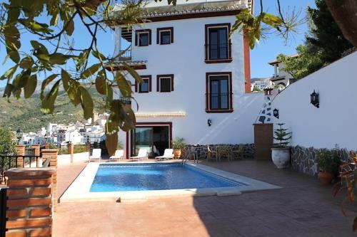 Hotel Pictures: Villa La Posada, Canillas de Albaida