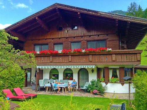 Hotel Pictures: Appartements Basti, Forstau
