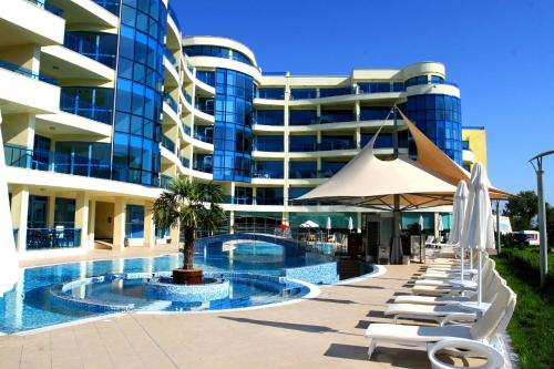 Foto Hotel: Aparthotel Marina Holiday Club & SPA, Pomorie