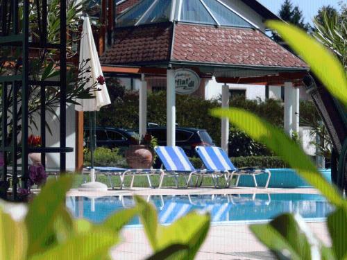 Hotelbilleder: Sportpension Aichholzer, Oberaichwald